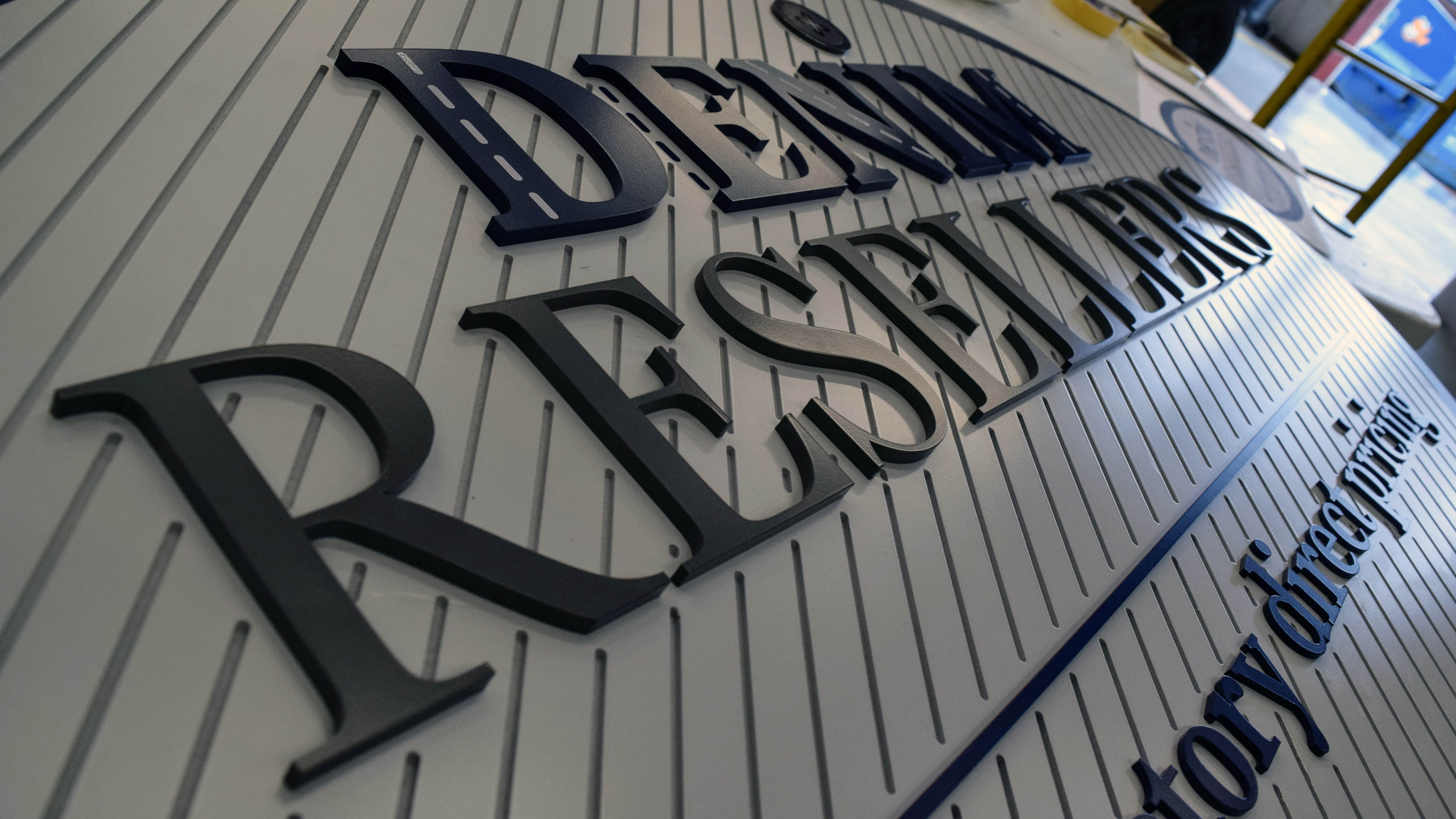 Dimensional signage for Denim Resellers by Pensacola Sign