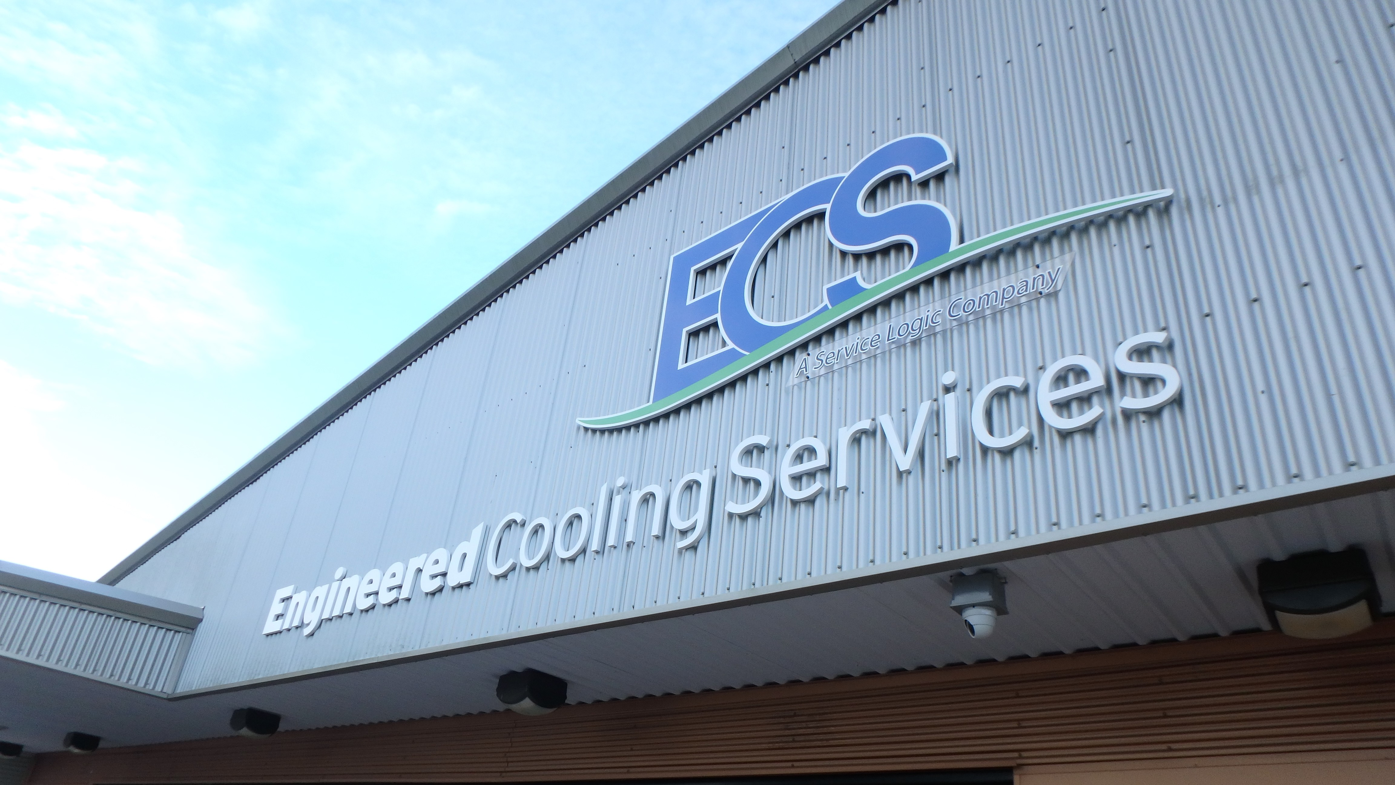 Exterior letter signage for ECS by Pensacola Sign
