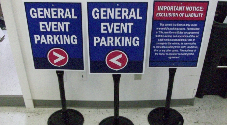 Exterior wayfinding temporary event parking signage and notice of liability by Pensacola Sign