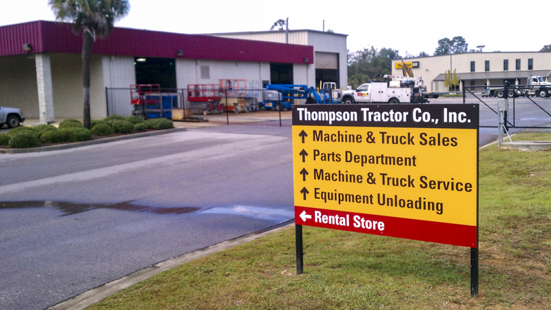 Thompson Tractor Co. Inc. exterior wayfinding by Pensacola Sign